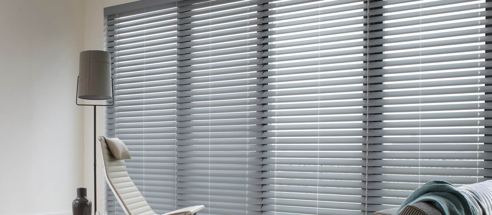 images/slider/Wood-Blinds-Essex.jpg